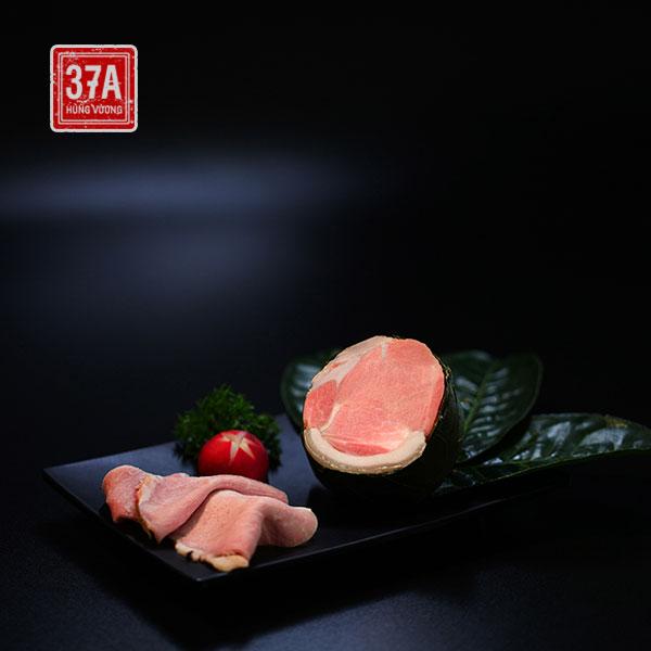 Thịt đầu rồng xông trà - Lợn đen trà xanh